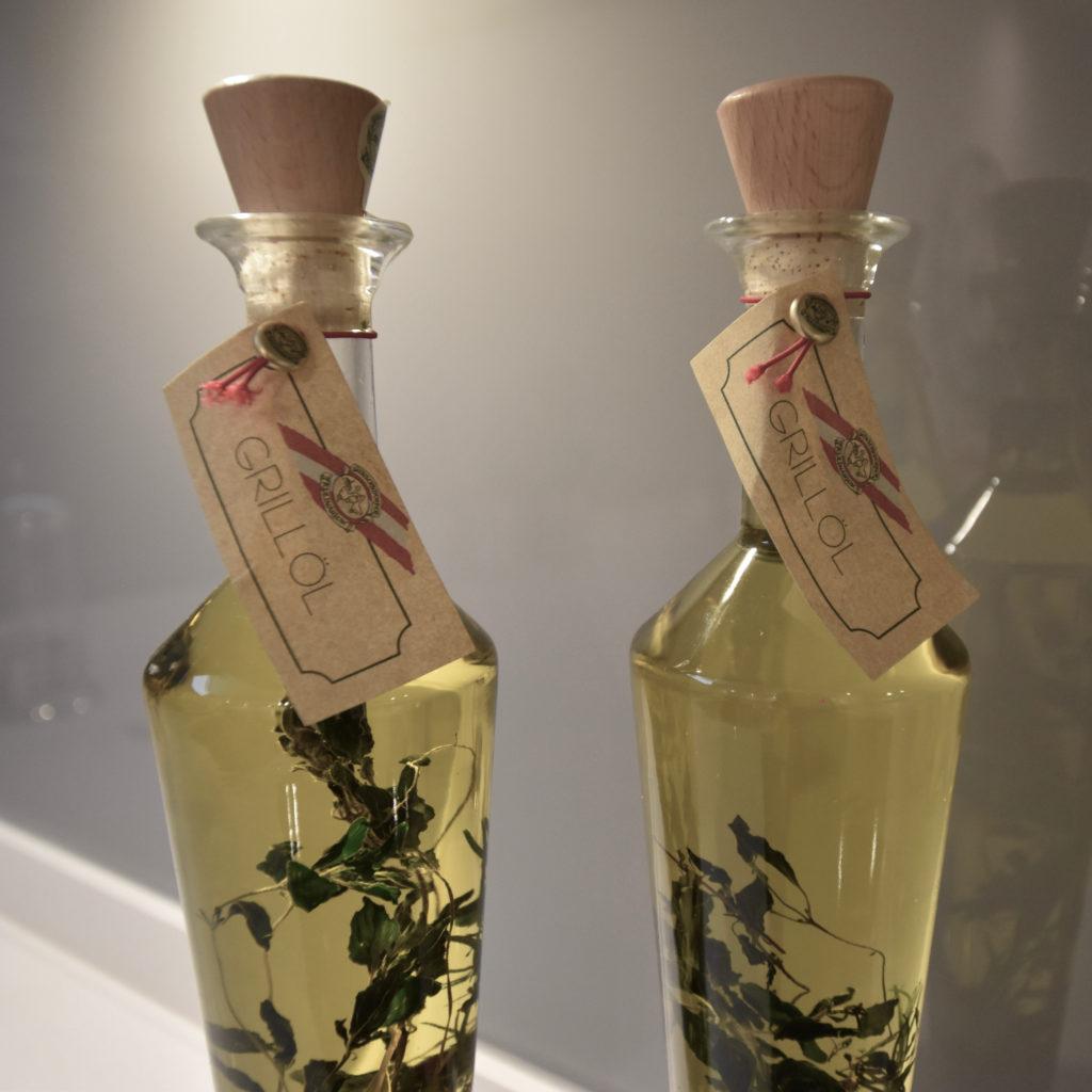 Pair green oils