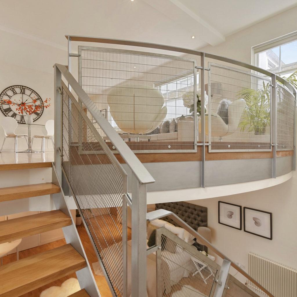 Islington maisonette balcony
