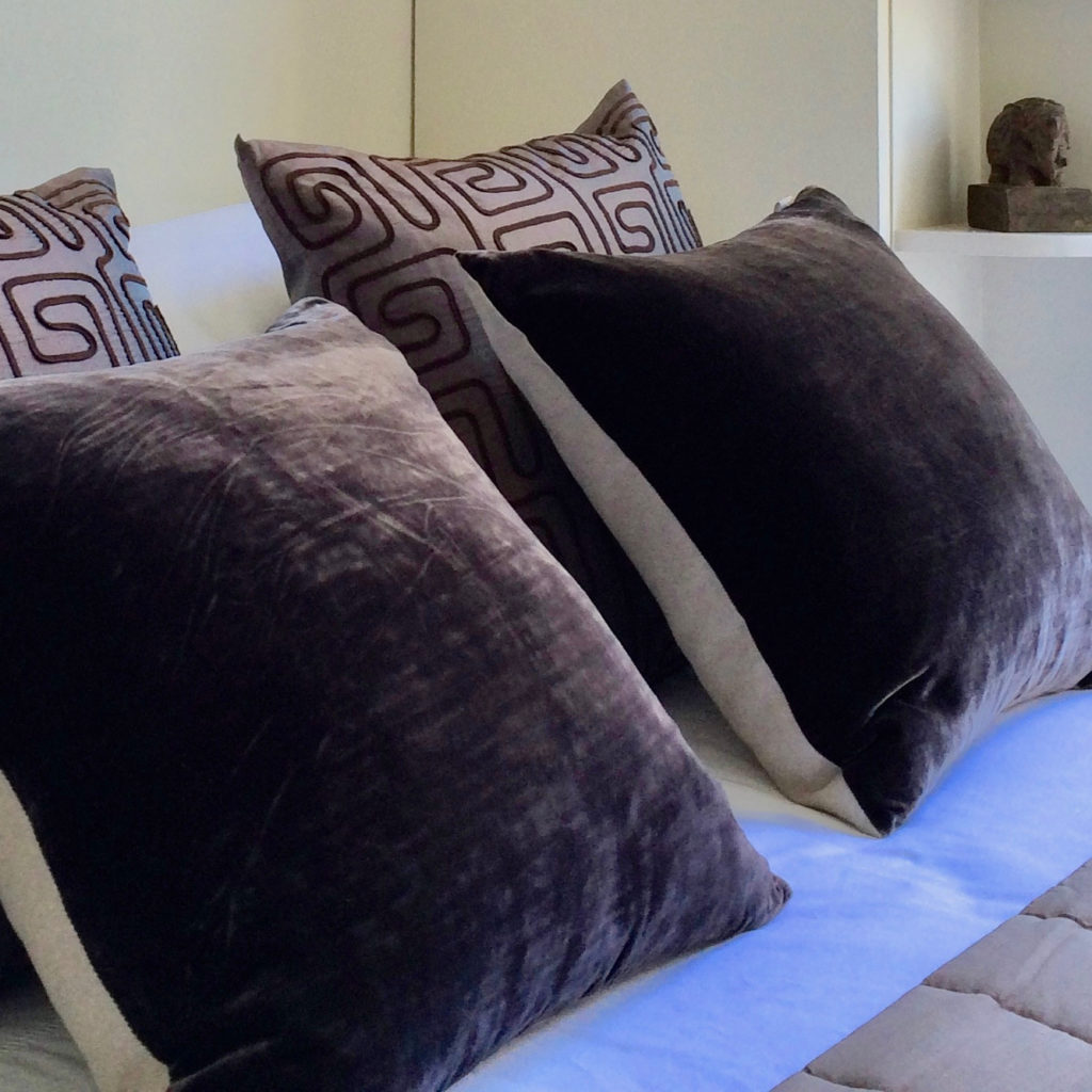 Islington flat bed cushions